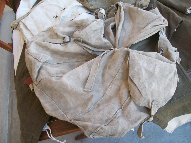 Le matériel et l'uniforme des prisonniers de guerre 3186661002154