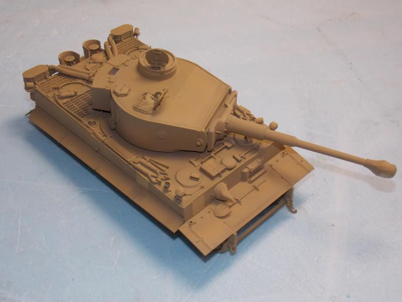 TIGRE S33  avant la bataille de Koursk juillet 43 (Dragon 1/35 dio DIODUMP) - Page 5 320497DSCN4658