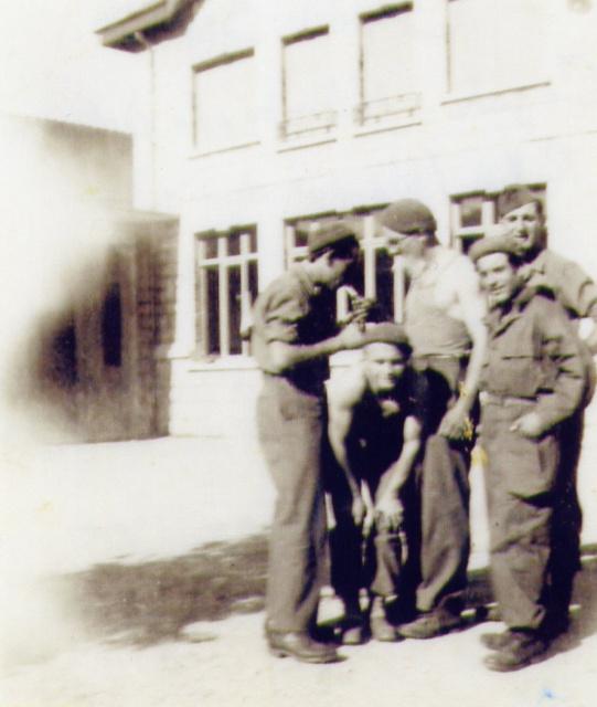 Le Bataillon de Choc 1943/1963. Photos. 322049Sept44CazalisPalombaLedilosquerPottieretTorrsundesFFIrattachslasection