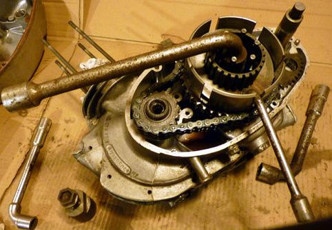 MZ 125 TS changement de roulements d'une MZ 125TS 323153P1030130