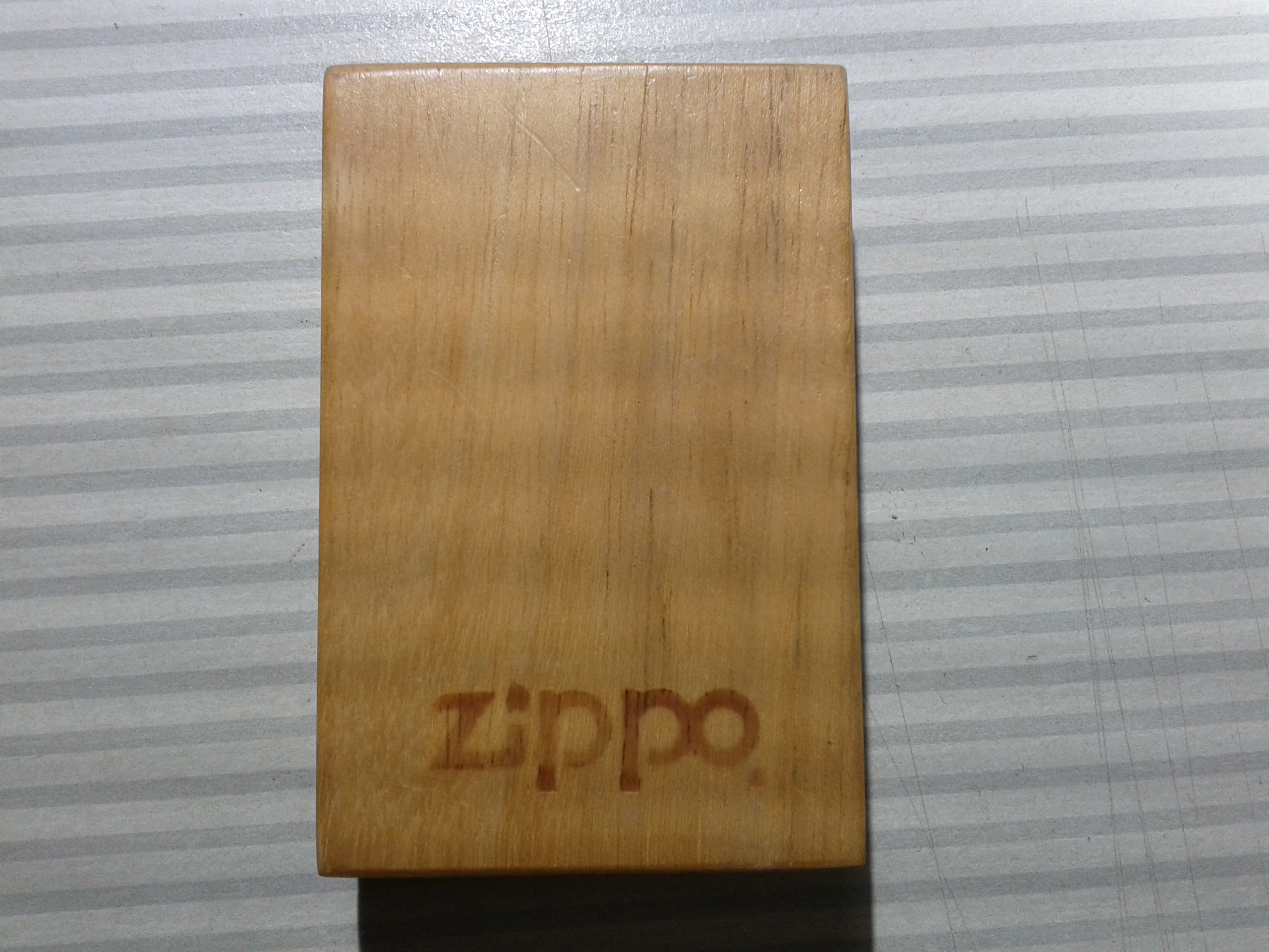 Les boites Zippo au fil du temps - Page 2 324180Prestige1