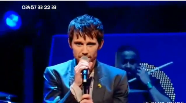 Take That au Children in Need 19/11/2010 324646Untitled215png