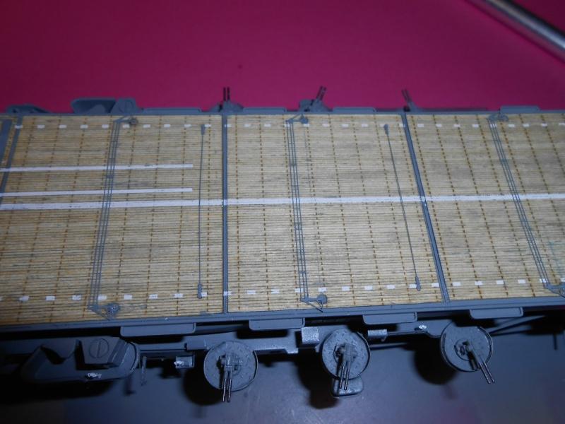 Kaga/Tenryu 1932 1/700 PE/Ponts en bois+Babioles - Page 4 326011DSCN7444