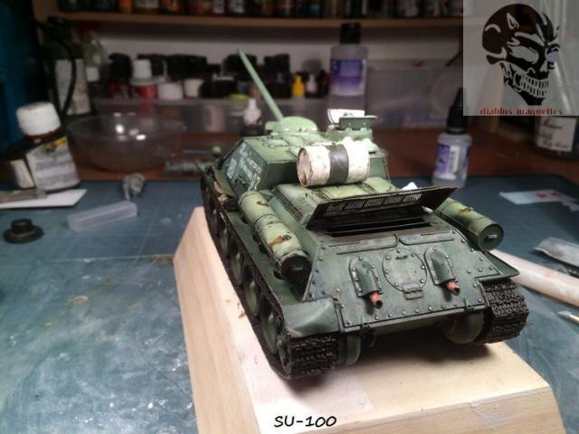 SU-100 marque Dragon 1/35 - Page 2 327980IMG3906
