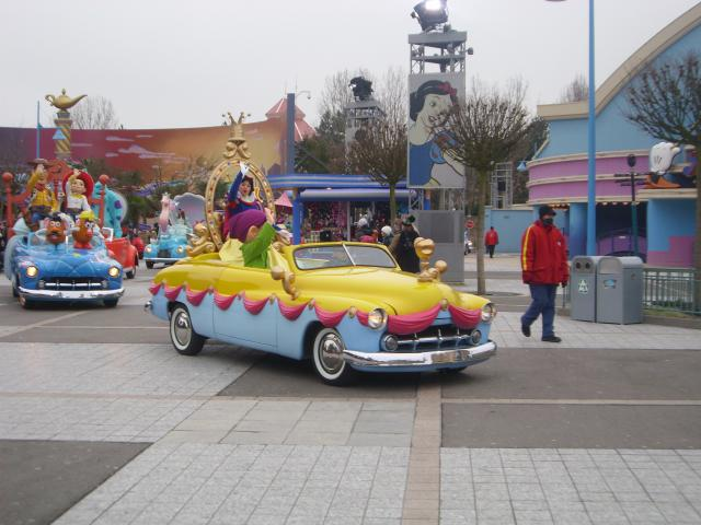 [Disneyland Paris] Premier séjour au DLH (31 janv.-2 fév. 2011) + un anniversaire inoubliable ! - Page 4 328838207