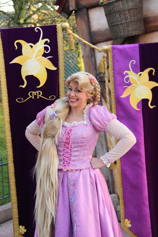Vos photos avec les Personnages Disney - Page 2 330279IMG8076