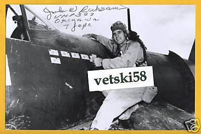 Casque d'un as du VMF-323  Death Rattlers USMC JOHN W RUHSAM 333074Colonel20Ruhsam
