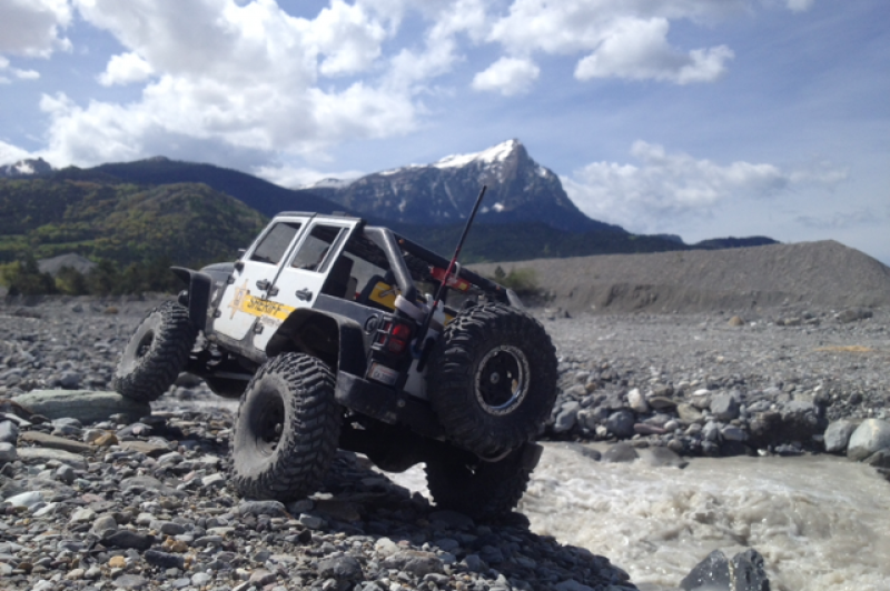 AXIAL SCX10 Jeep JK SHERIFF !! - Page 6 333524photojeep5