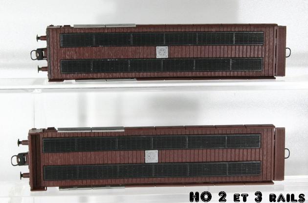 Wagons de marchandises fabriqués par ARPO 333991ARPOMetropplattransportauto2R