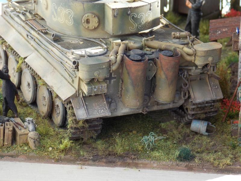 TIGRE S33  avant la bataille de Koursk juillet 43 (Dragon 1/35 dio DIODUMP) - Page 10 334170DSCN4788