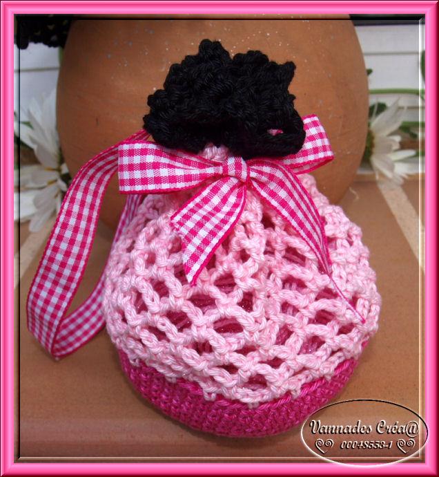 """Miss """" Lancy"""" poupée au crochet 337339sac"""