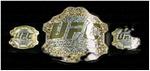 Champion de la catégorie Featherweight (Plume)