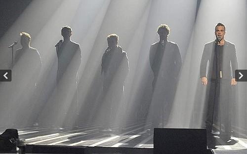 TT à X Factor (arrivée+émission) 3416132vijpg