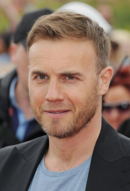 Gary arrive à l'audition de X Factor à Birmingham 1/06/11 342101MQ008