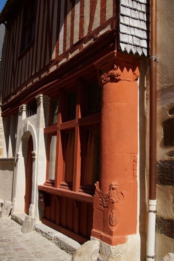Fil ouvert-  Dates sur façades. Année 1602 par Fanch 56, dépassée par 1399 - 1400 de Jocelyn - Page 4 343744DSC04506