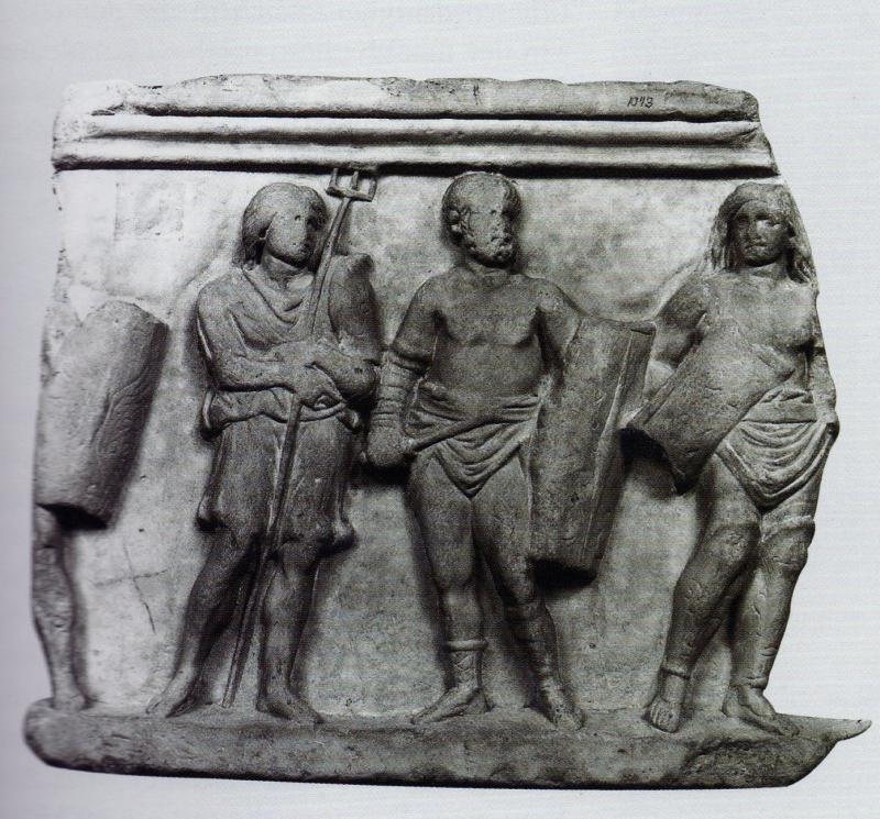 d'autres gladiatrices ? - Page 2 343947femmeretiaireetfemmethracejpg