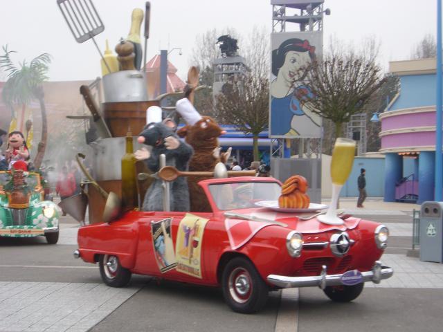 [Disneyland Paris] Premier séjour au DLH (31 janv.-2 fév. 2011) + un anniversaire inoubliable ! - Page 4 353504221