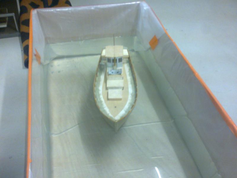 barque chalutiére au 1/20è d'après plans - Page 4 35844722032011123