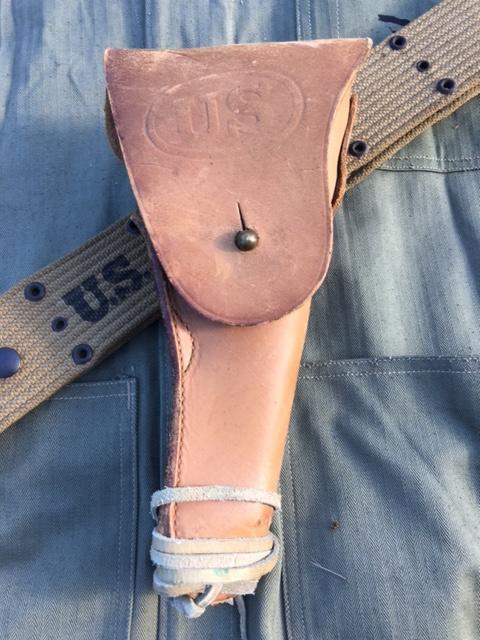 Les holsters pour 1911 et 1911A1 363937IMG7431