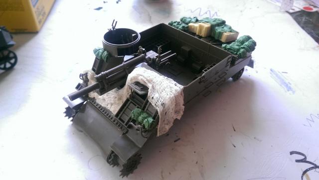 M7 PRIEST Italeri et M8 Howitzer Tamiya 1/35 368044IMAG2475