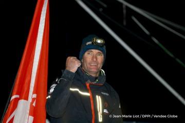 L'Everest des Mers le Vendée Globe 2016 - Page 12 36810427jeremiebeyoufraskir360360