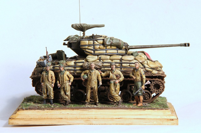 The usual suspects (TERMINE) M4A3E8 Dragon 1/35 - Page 2 370597IMG2742