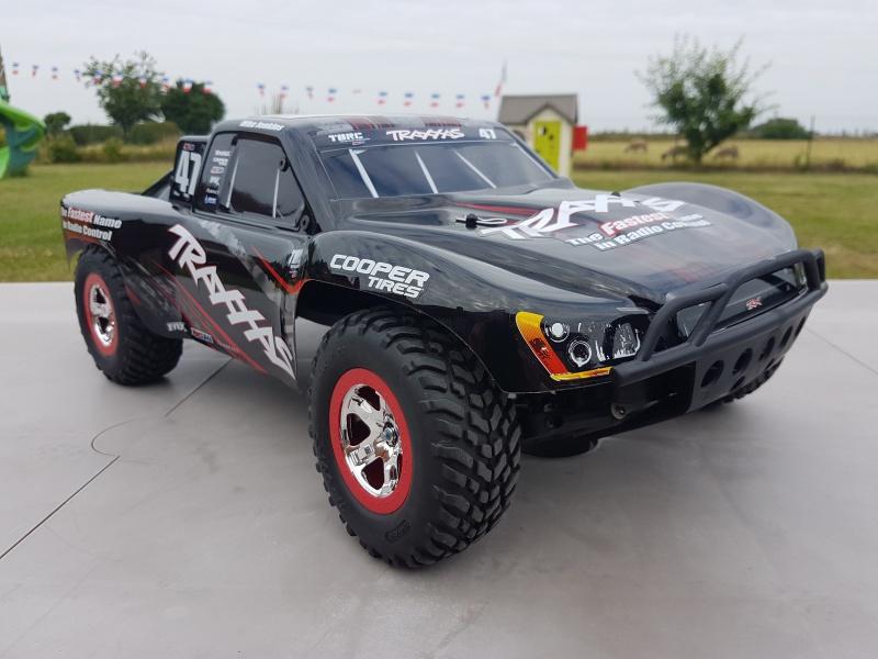 Traxxas Slash OBA 2WD (les VXL /4X4 / Platinium et tout autres sont bienvenu dans ce sujet). 37074320170617101128