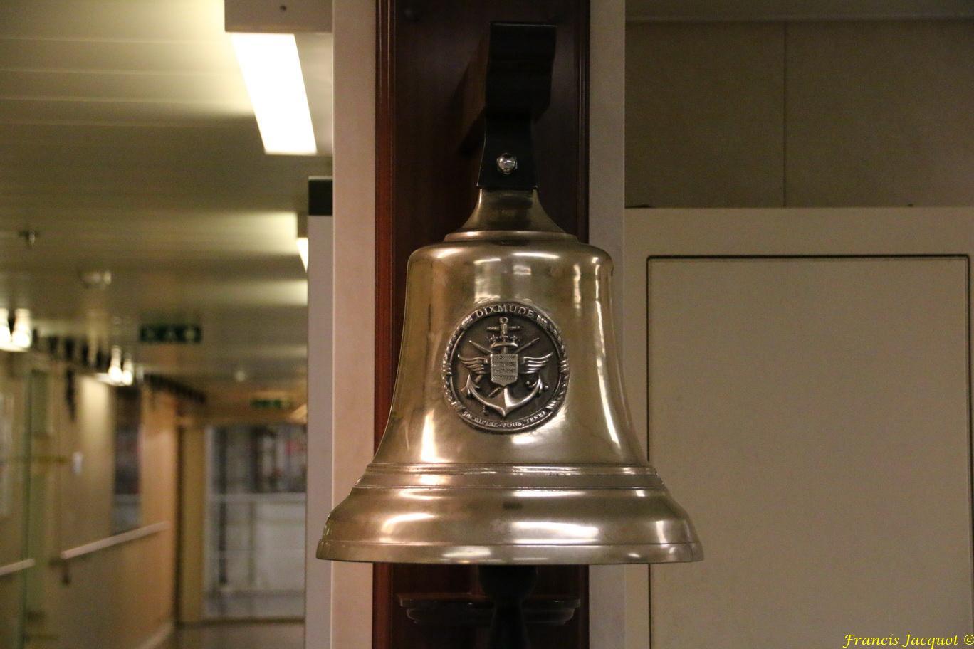 [Autres sujets marine] Les cloches de nos bâtiments (Armés et désarmés) - Page 3 371758IMG8942