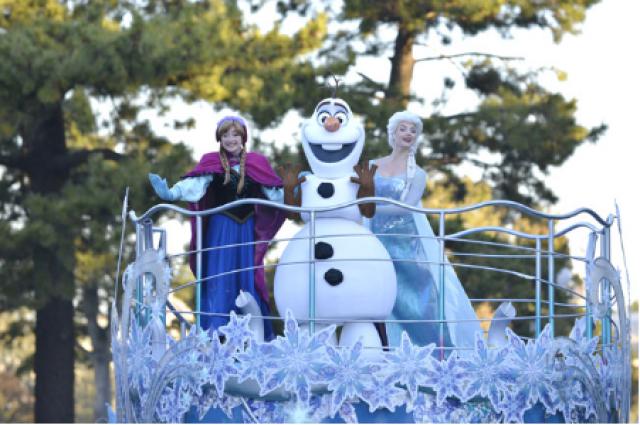 [Tokyo Disney Resort] Programme complet du divertissement à Tokyo Disneyland et Tokyo DisneySea du 15 avril 2018 au 25 mars 2019. 374710tok2