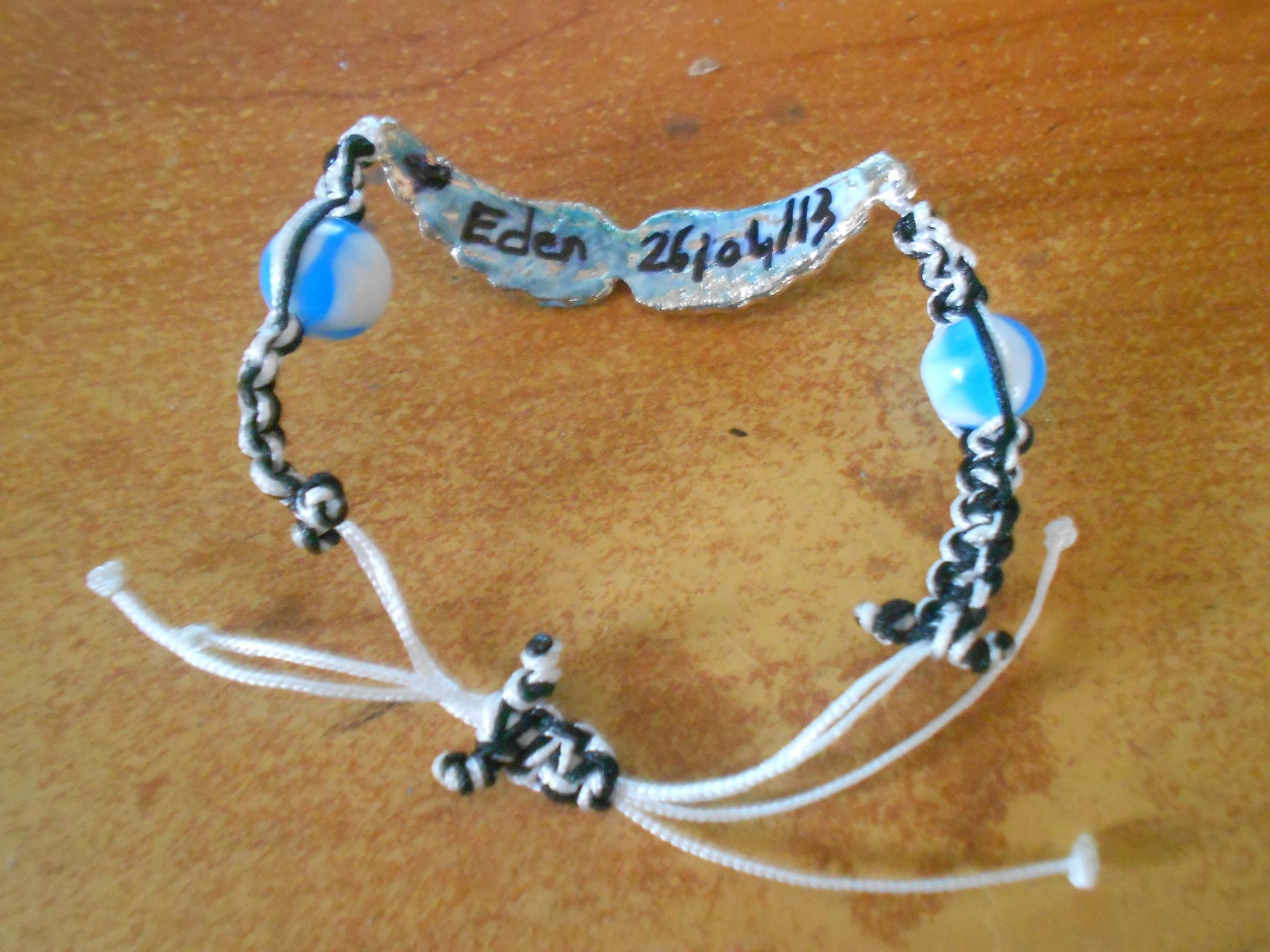 un bracelet en hommage a votre ange - Page 3 376372braceleteden2