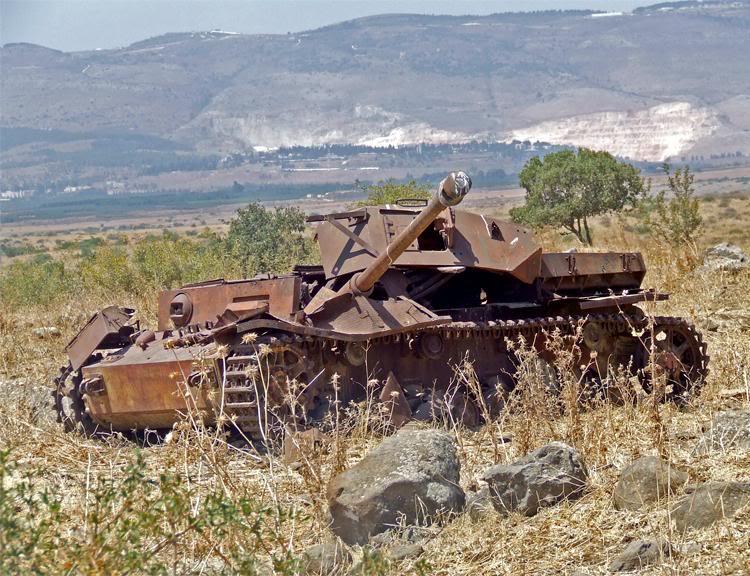 Les Panzer IV ausf H syriens !!! 381104129913