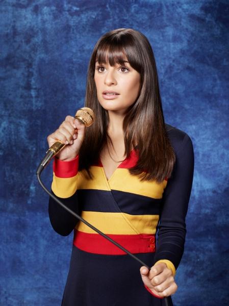 Glee Season 3: Class Photos 384292normal01