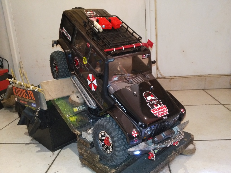 axial Scx10 - Jeep Umbrella Corp Fin du projet Jeep - Page 7 385384IMG20161116110601