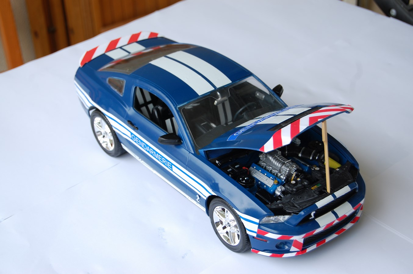 Shelby GT 500 version imaginaire Gendarmerie - Page 2 385481Mustang47Copier