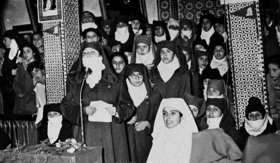 صور من نضال المراة المغربية ضد الإستعمار 38817014479781102107382214008999201029781179167234n