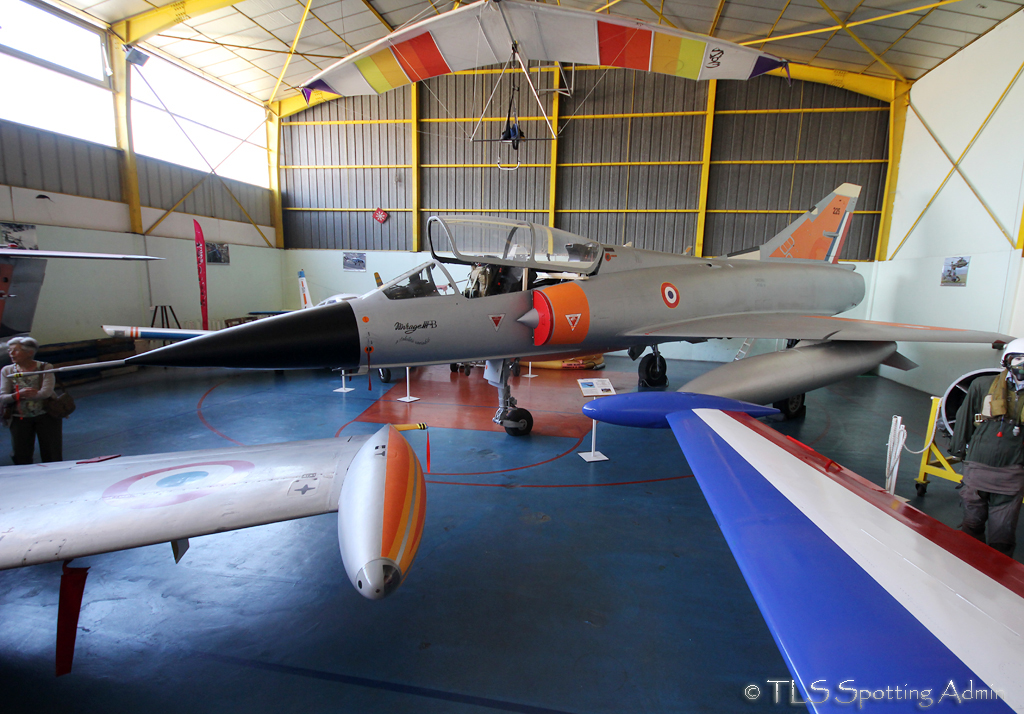 musée de l'aviation de st victoret - Page 2 388247Mirage3BCEV225001StVictoretMuseum100513EPajaud