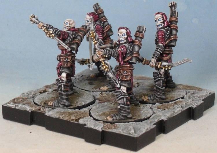 Peinture de mon armée de Mort-Vivants 393483Srie1socle02