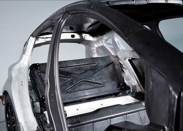 1l/100km : EOLAB, vitrine de l'innovation Renault pour l'environnement 393912EOLAB10