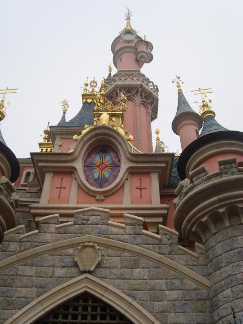 [Disneyland Paris] Premier séjour au DLH (31 janv.-2 fév. 2011) + un anniversaire inoubliable ! - Page 2 3944459