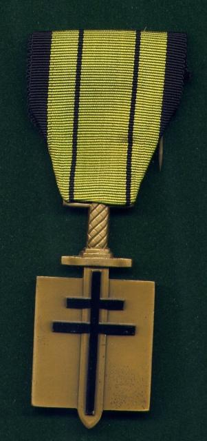 LES DÉCORATIONS AU CHOC 1943-1945. 400840CompagnondelaLibration
