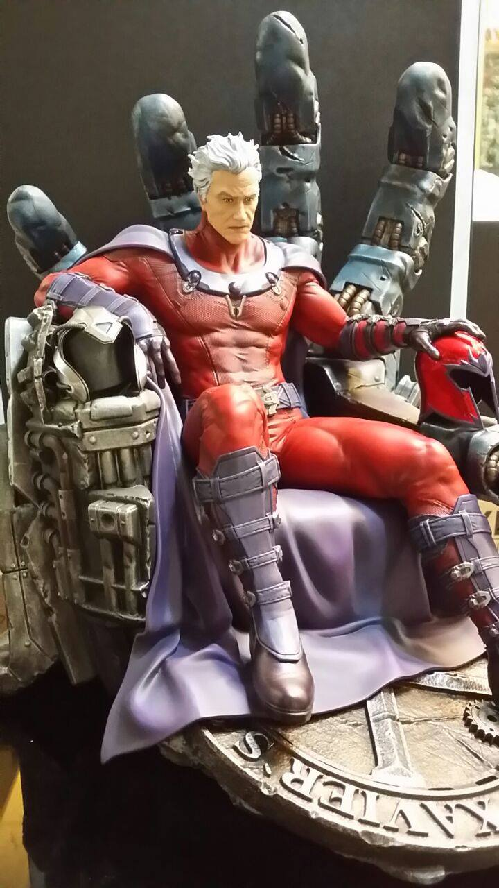 Premium Collectibles : Magneto on Sentinel Throne - Page 4 401654155342714007229334817357257694360116519653o