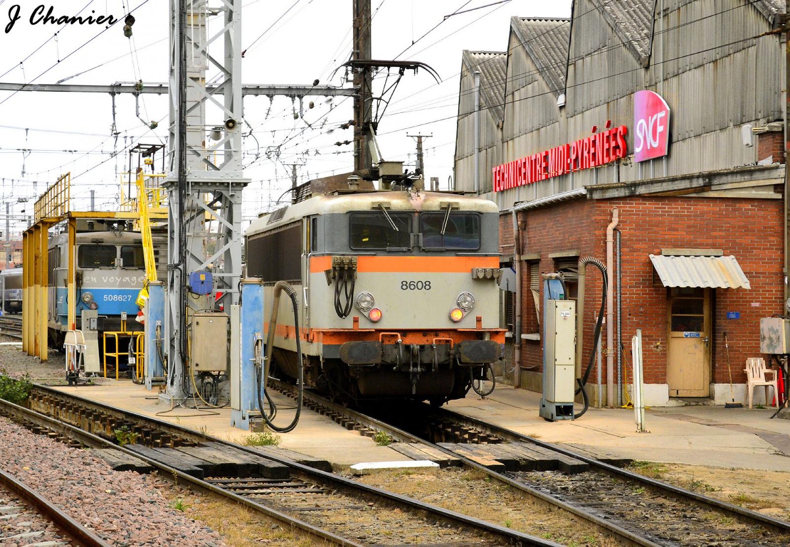 Pk 256,4 : Gare de Toulouse Matabiau (31) - Page 6 406041BB8608TECHNICENTREMPDEPOTTEMATDEC11