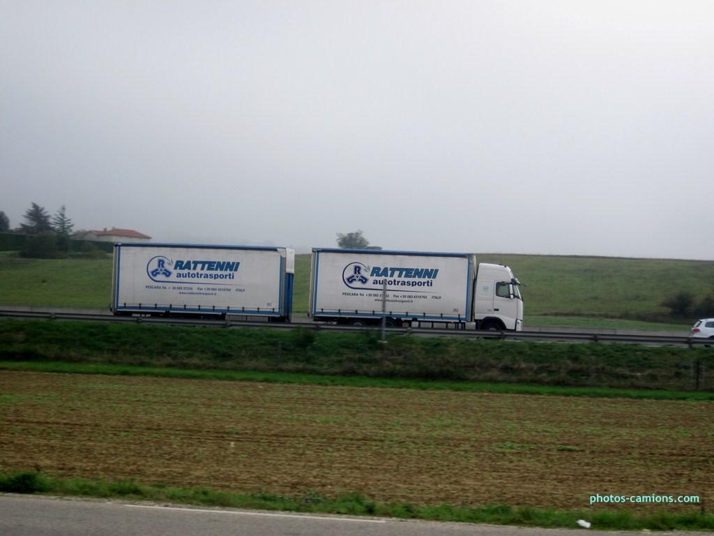 Rattenni Autotrasporti (Pescara) 408233photoscamions10X201264Copier