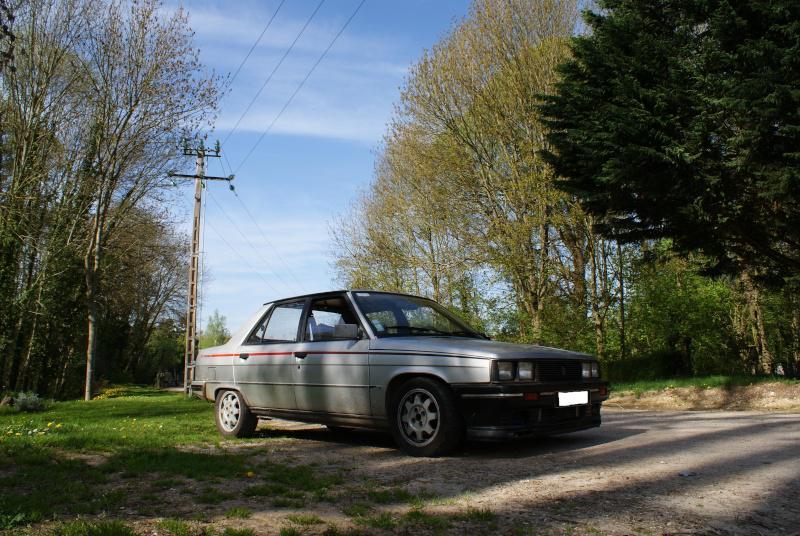 Mimich et sa R9 Turbo (du moins ce qu'il en reste) 409067dsc05914