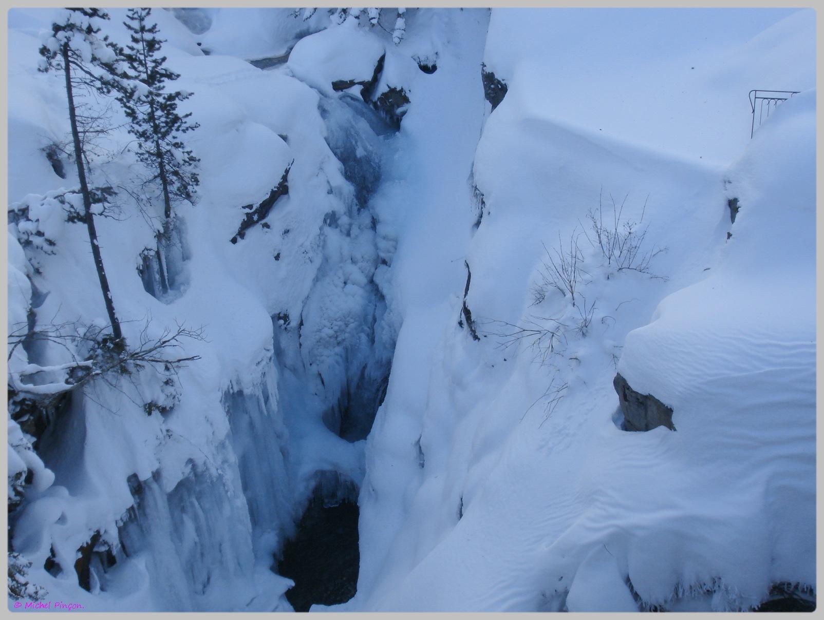 Une semaine à la Neige dans les Htes Pyrénées - Page 2 409783DSC012013