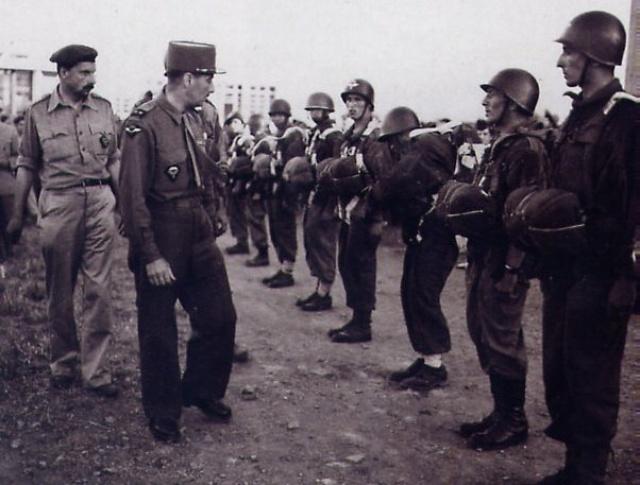 25e DAP (Division Aéroportée - 1946 à 1948) 409860Juin46GalBonjour