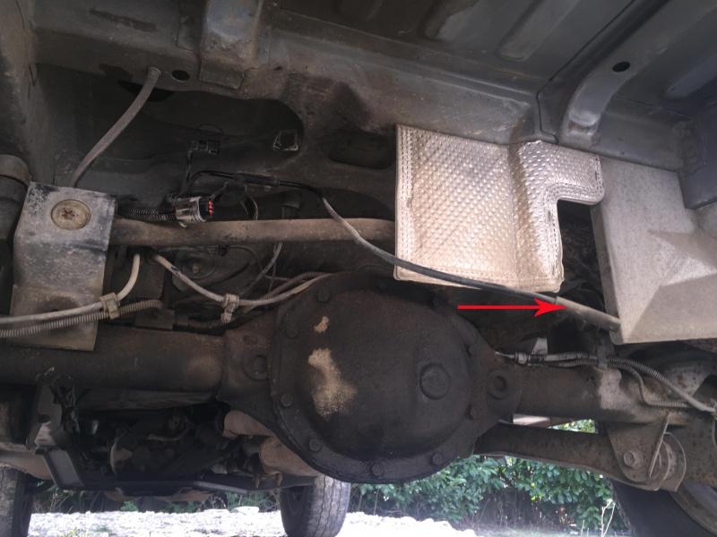 tuto changement pompe essence ZJ V8 5.2L 413909615