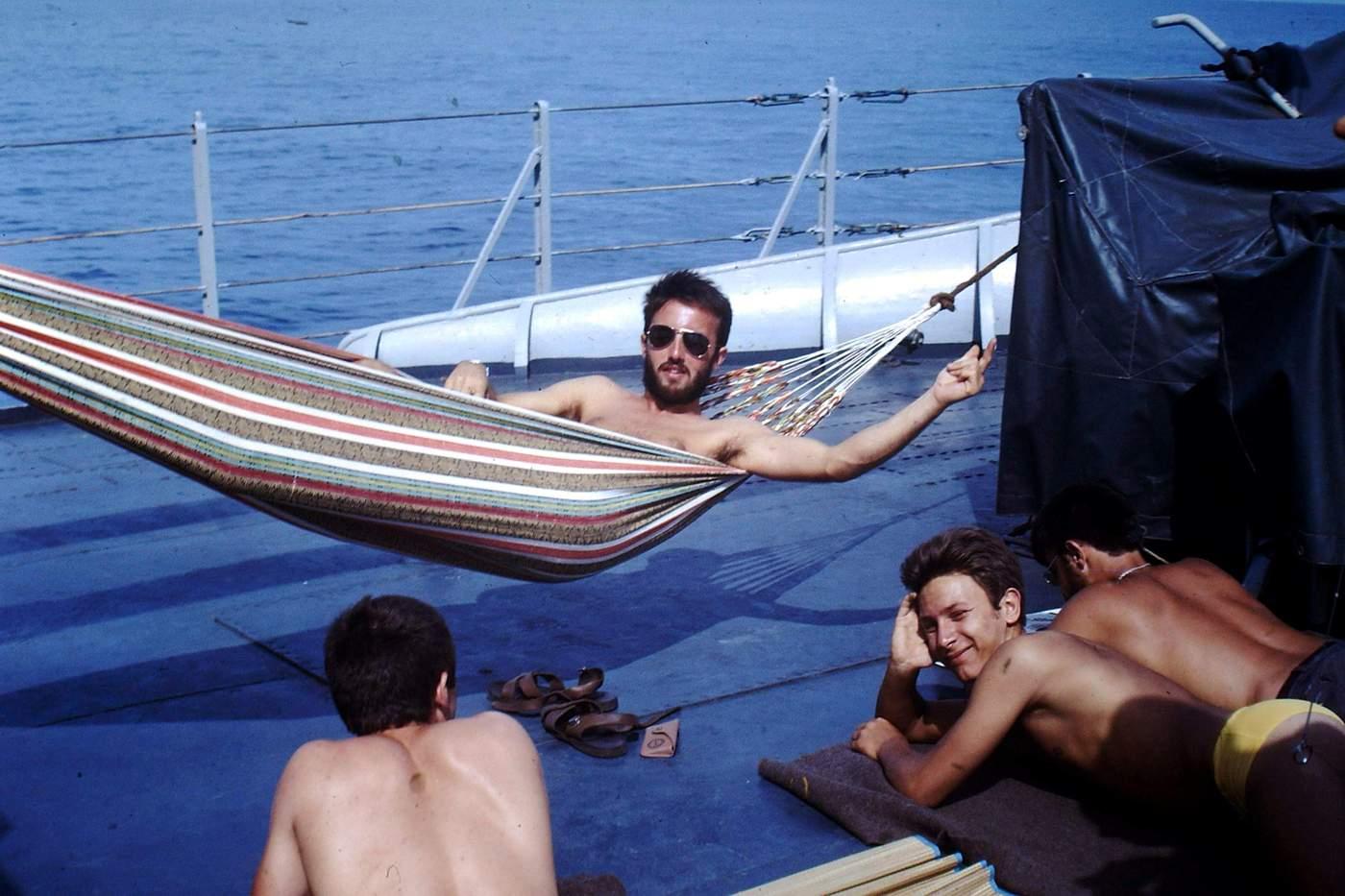 [Les traditions dans la Marine] Les hamacs. - Page 8 414201PICT0017