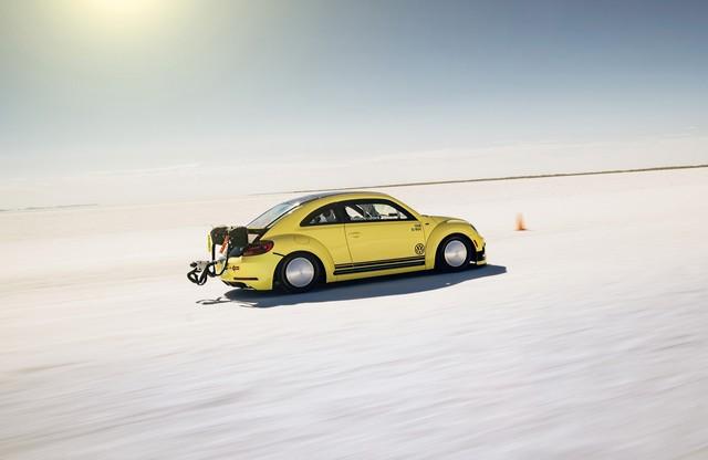 328 km/h! – La Coccinelle la plus rapide au monde  416382hddb2016au00804large