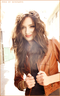 Crystal Reed 417895reed5